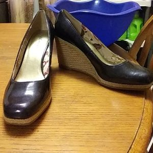 Anne Klein patent leather wedges